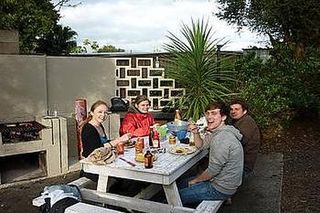 Hone Heke Lodge & Backpackers