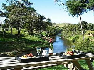 Morepork Riverside Lodge Bed and Breakfast